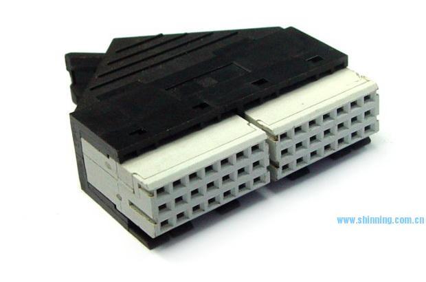 1810 3x14 IDC线缆连接器