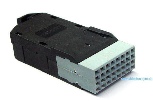 1810 4x8 IDC线缆连接器